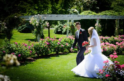 Planning an Outdoor Wedding? Three Things You Don't Want to Forget