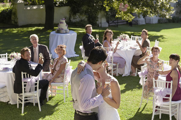 Don't Forget These 7 Big Wedding Reception Necessities