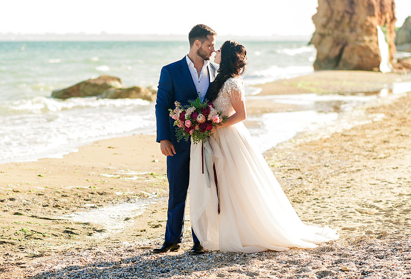 Want to Have Your Dream Wedding? These 3 Tips Will Help