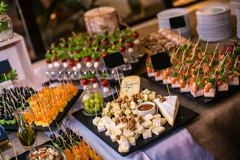 The Essentials Only Outdoor Party Planning Checklist