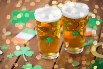 Get Your Green On: 4 Steps To Throwing A Lucky St. Paddy's Day Party