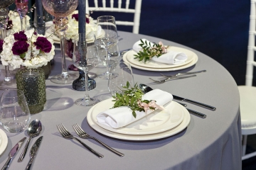 How to Pick Linen Colors for Your Event